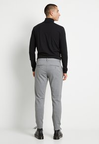 Only & Sons - ONSMARK PANT - Pantalon classique - medium grey melange - 3