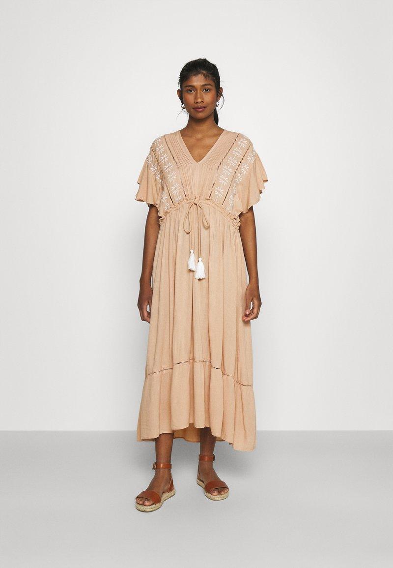 YAS - YASFANNI DRESS  - Maxi dress - toasted almond