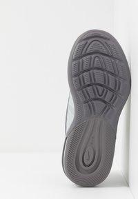 Nike Sportswear - AIR MAX AXIS - Sneakers basse - black/volt/gunsmoke - 5
