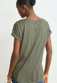 Next - Print T-shirt - khaki - 2