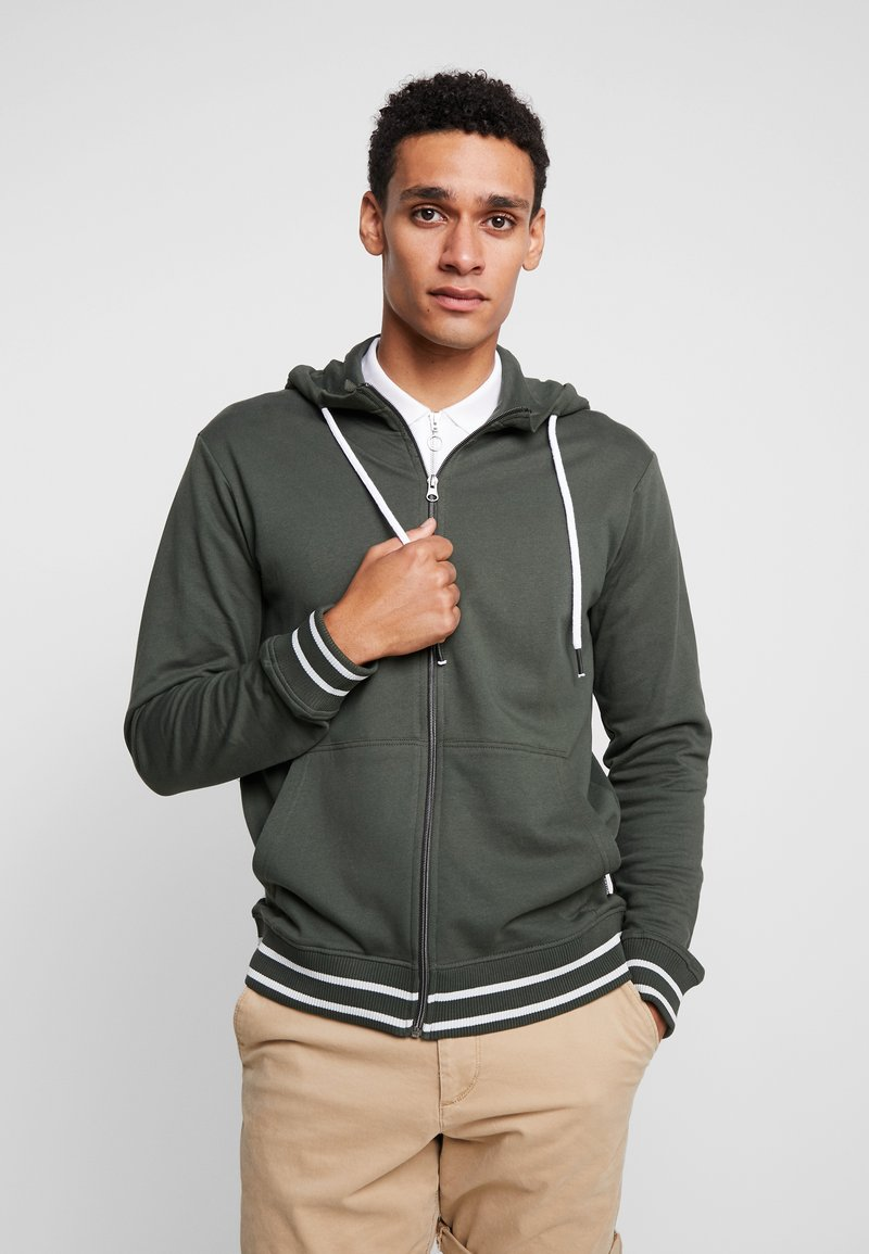 Tiffosi - AGUIRRE - Zip-up hoodie - forest night