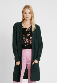 ONLY - ONLBERNICE - Cardigan - green gables/black melange - 0