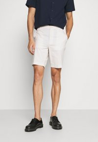 Selected Homme - SLHISAC - Shorts - rainy day - 0