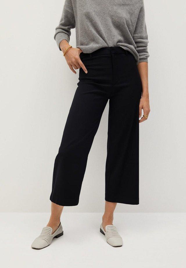 CLEAN - Shorts - noir