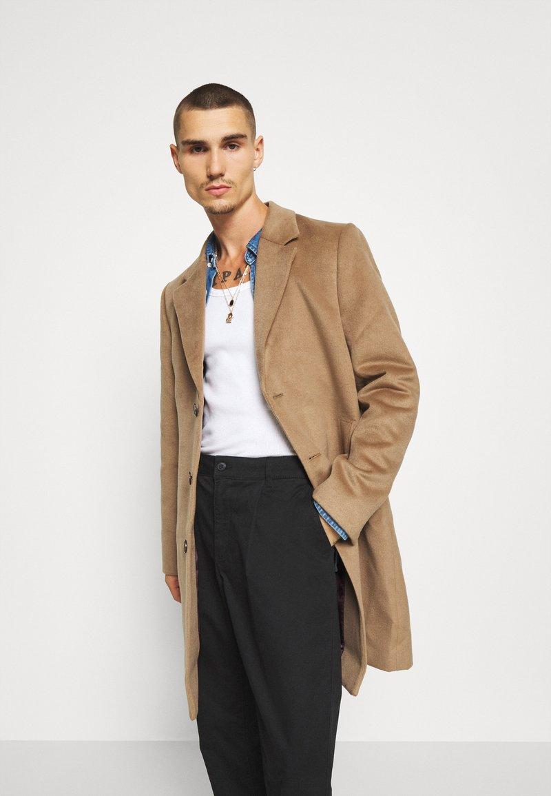 River Island - Short coat - brown