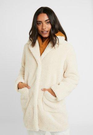 LONGLINE COAT - Zimní kabát - ivory