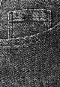 Pieces - PCLILI HIGH WAIST - Jeansy Slim Fit - medium grey denim - 2