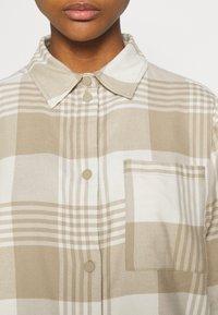 Weekday - BESS - Button-down blouse - beige - 4