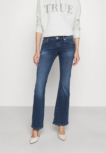 BECCA BOOTCUT - Bootcut jeans - denim blue