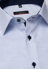 Eterna - FITTED WAIST - Formal shirt - hellblau - 5