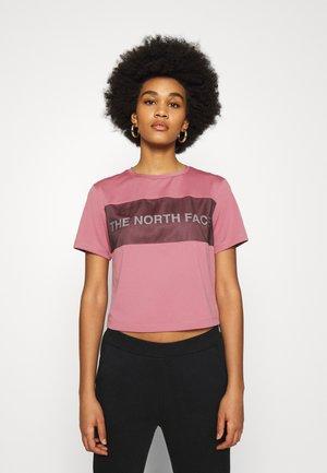 T-shirts med print - mesa rose