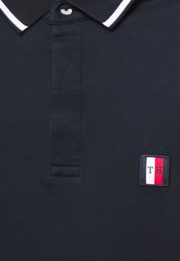 Tommy Hilfiger - SOPHISTICATED SLIM  - Polo - blue - 6