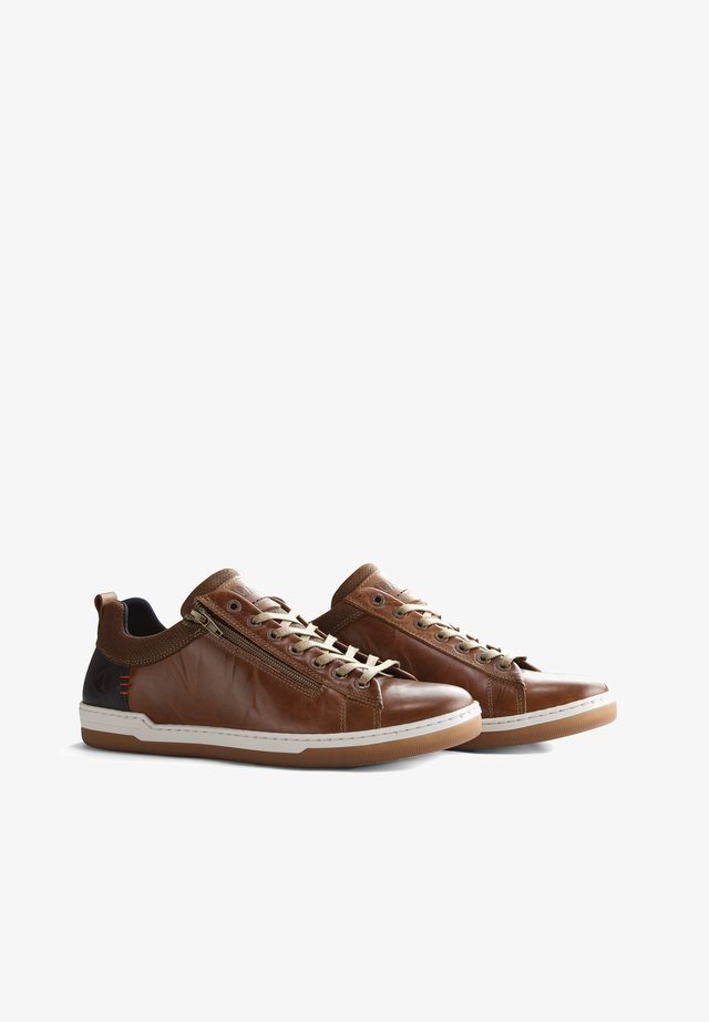 C.MADERNO - Sneakers laag - cognac
