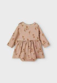 Lil' Atelier - PRINT - Day dress - almondine - 1