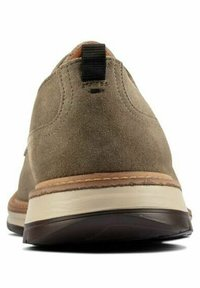 Clarks - Lace-ups - olive suede - 2