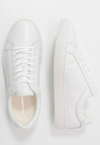 Vagabond - PAUL - Trainers - white - 1