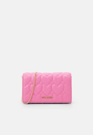 HANDLE QUILTED CROSS BODY - Clutch - rosso
