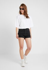 Missguided - DROP SHOULDER - Print T-shirt - white - 1