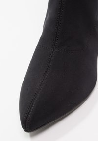 Vagabond - MYA - Classic ankle boots - black - 6