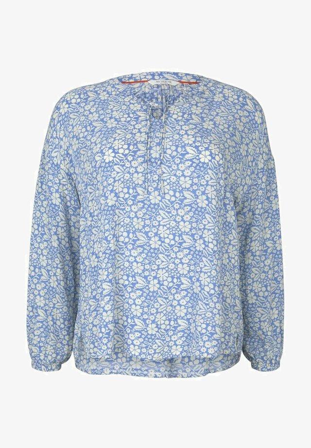 Blusa - blue flower paisley