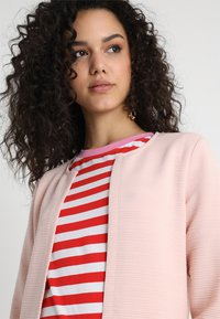 ONLY - ONLLECO LONG  - Cardigan - peach whip - 4