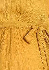 MAMALICIOUS - MLLANA 2/4 WOVEN SHORT DRESS  - Sukienka letnia - chinese yellow - 2