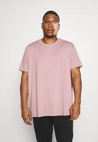 Burton Menswear London - BASIC 5 PACK - Basic T-shirt - purple/khaki/pink - 1