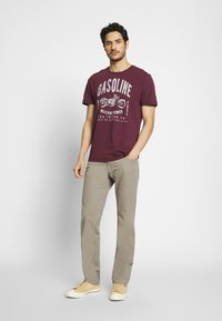 camel active - HOUSTON - Trousers - taupe - 1