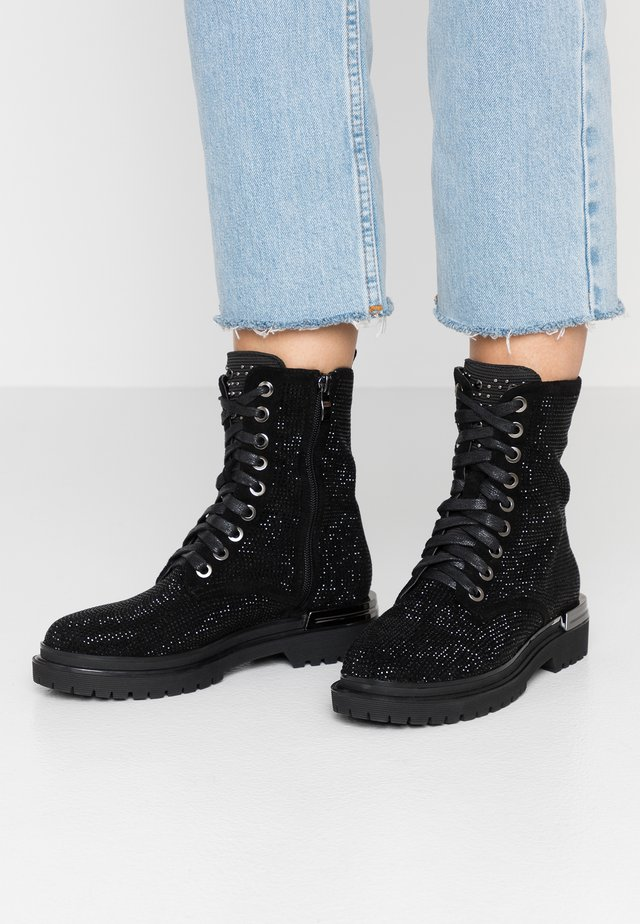 Lace-up ankle boots - crosta black