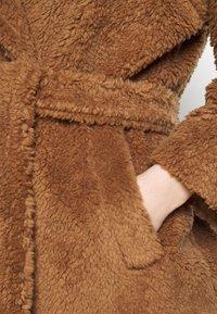WEEKEND MaxMara - RAMINO - Winter jacket - taback - 5