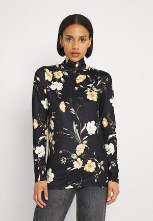 PCNALA TURTLE NECK - Long sleeved top - black