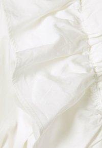 Gina Tricot - NAIMA FRILL  - T-shirt z nadrukiem - offwhite - 2