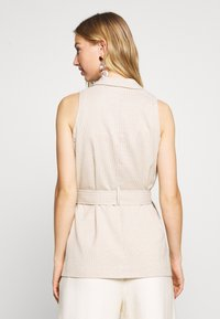 4th & Reckless - HOLLY JACKET - Vest - nude - 2
