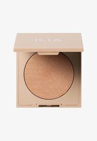 ILIA Beauty - DAYLITE HIGHLIGHTING POWDER - Powder - starstruck - 0