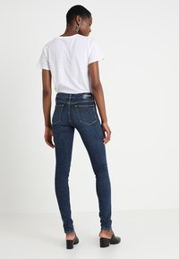 Calvin Klein Jeans - CKJ 011 MID RISE SKINNY  - Jeans Skinny Fit - amsterdam blue mid - 3