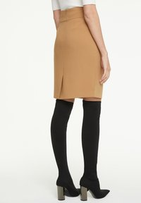 comma - Pencil skirt - camel - 2
