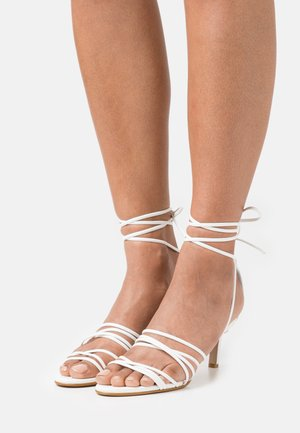 YASMIRLO - Sandals - white