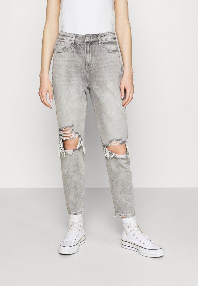 MOM - Džíny Slim Fit - stone gray