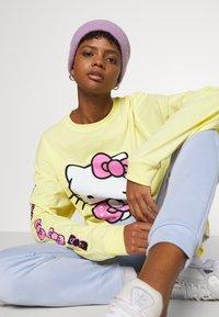NEW girl ORDER - SLEEVE PRINT - Long sleeved top - yellow - 3