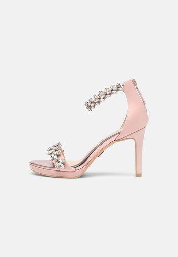 PIA - Sandaler - blushed pink