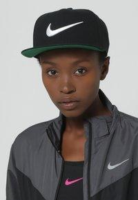 Nike Sportswear - Caps - black - 1