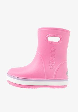 CROCBAND RAIN BOOT - Bottes en caoutchouc - pink lemonade/lavender