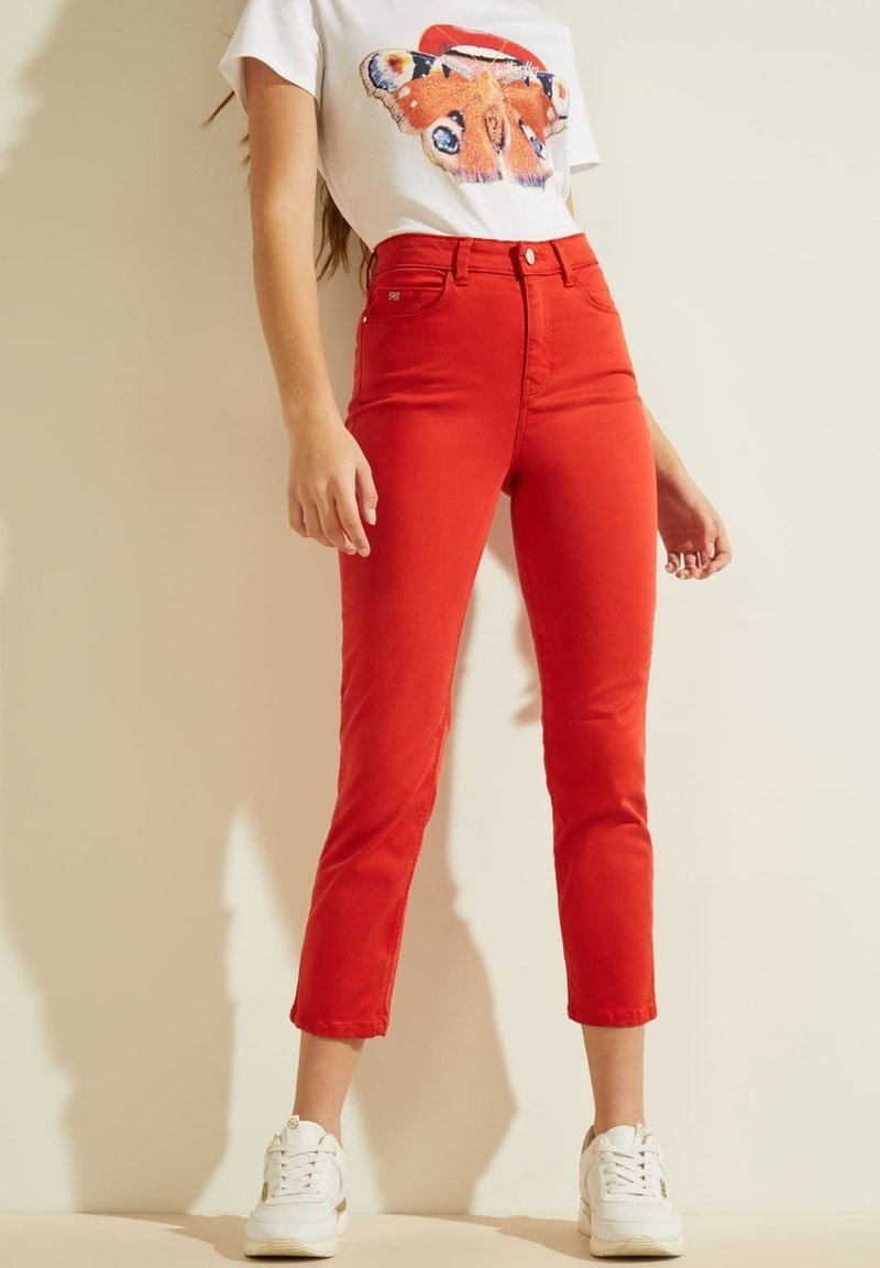 Guess - STICKEREI - Trousers - rot