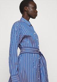 Steffen Schraut - STELLA SUMMER DRESS - Shirt dress - ocean stripe - 4