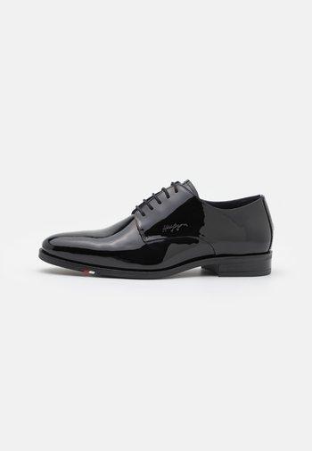 SHOE - Stringate eleganti - black