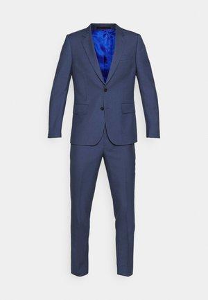 GENTS TAILORED FIT BUTTON SUIT - Suit - blue