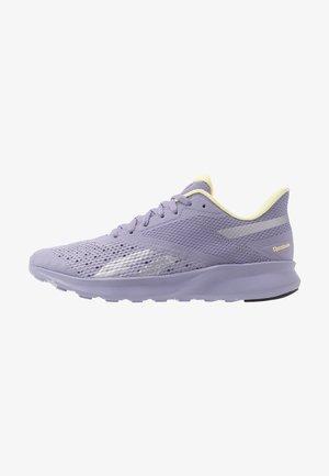 SPEED BREEZE 2.0 - Neutral running shoes - vision haze/silver metallic/lemon glow