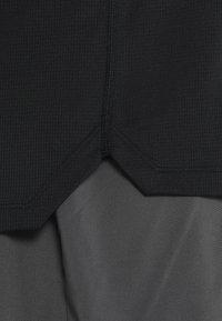 ASICS - SINGLET - Sports shirt - performance black - 4