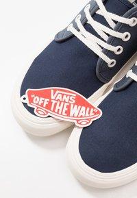 Vans - CHUKKA - Skate shoes - orion blue/marshmallow - 5