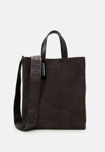 PAPER BAG M - Shoppingveske - dark chocolate brown